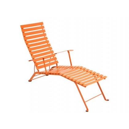 Fermob cchaise longue de jardin bistro for Bistro chaise longue