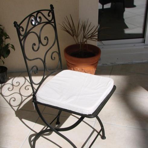 noname chaise pliante en fer forg. Black Bedroom Furniture Sets. Home Design Ideas