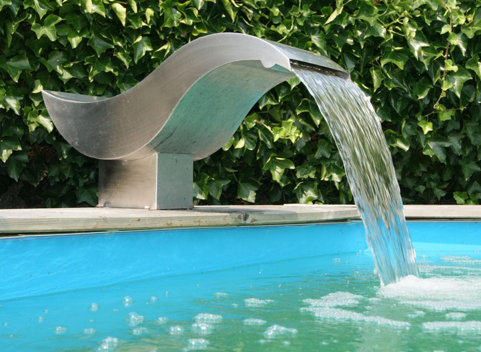 Ubbink ccascade birdie led pour piscine catgorie for Accessoire pour piscine