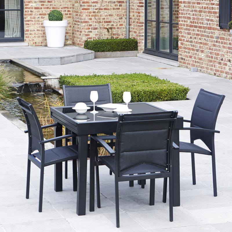 Wilsa csalon de jardin modulo alu 4 places noir garden for Table 4 personnes