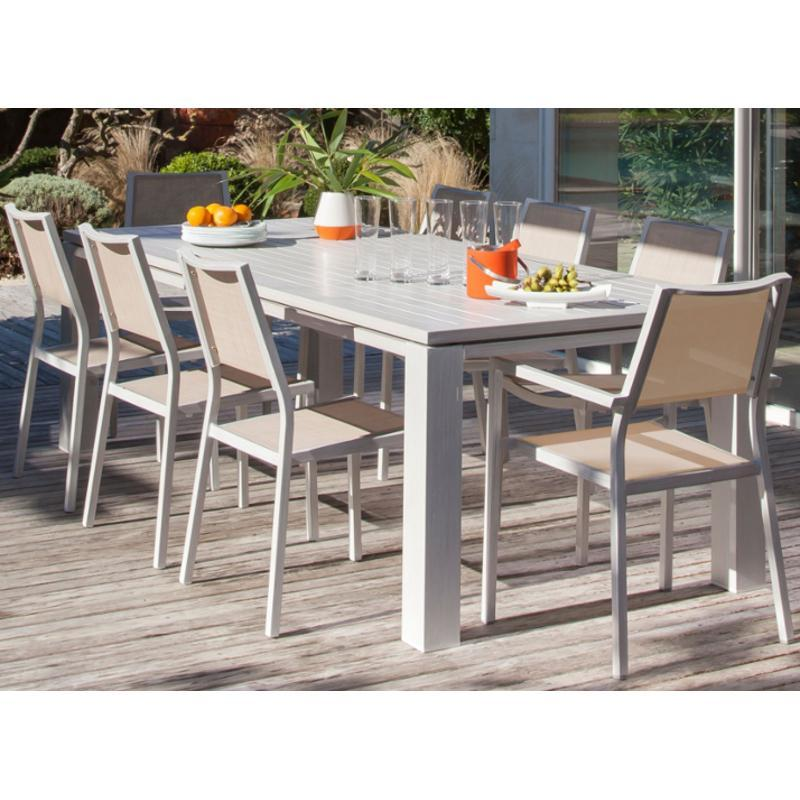 Salon de jardin composite extensible for Meuble de jardin geneve